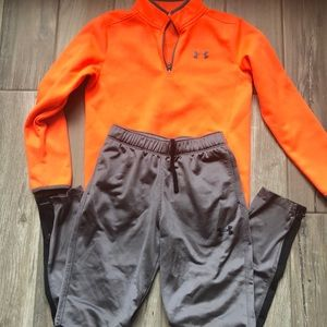 Under Armour jogging pants and pullover